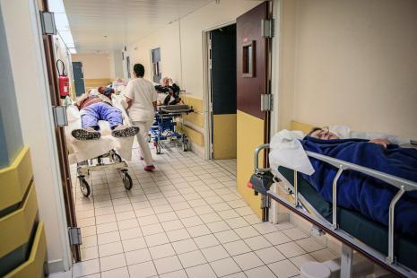 Hospitalisation complète: 69000lits en moins en 15 ans!